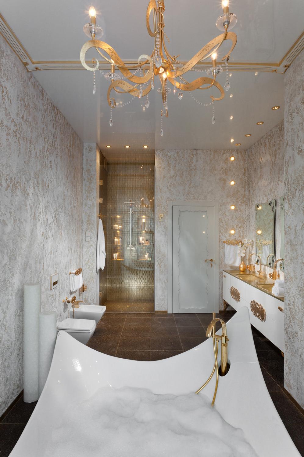 Бело-золотая ванная