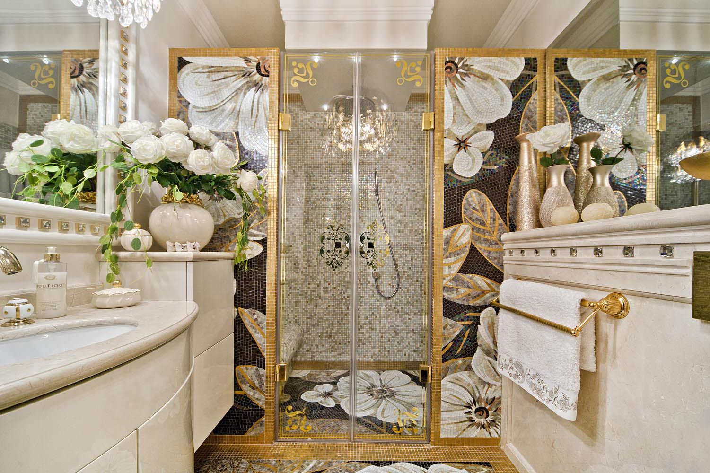 Золотые элементы в интерьере ванной