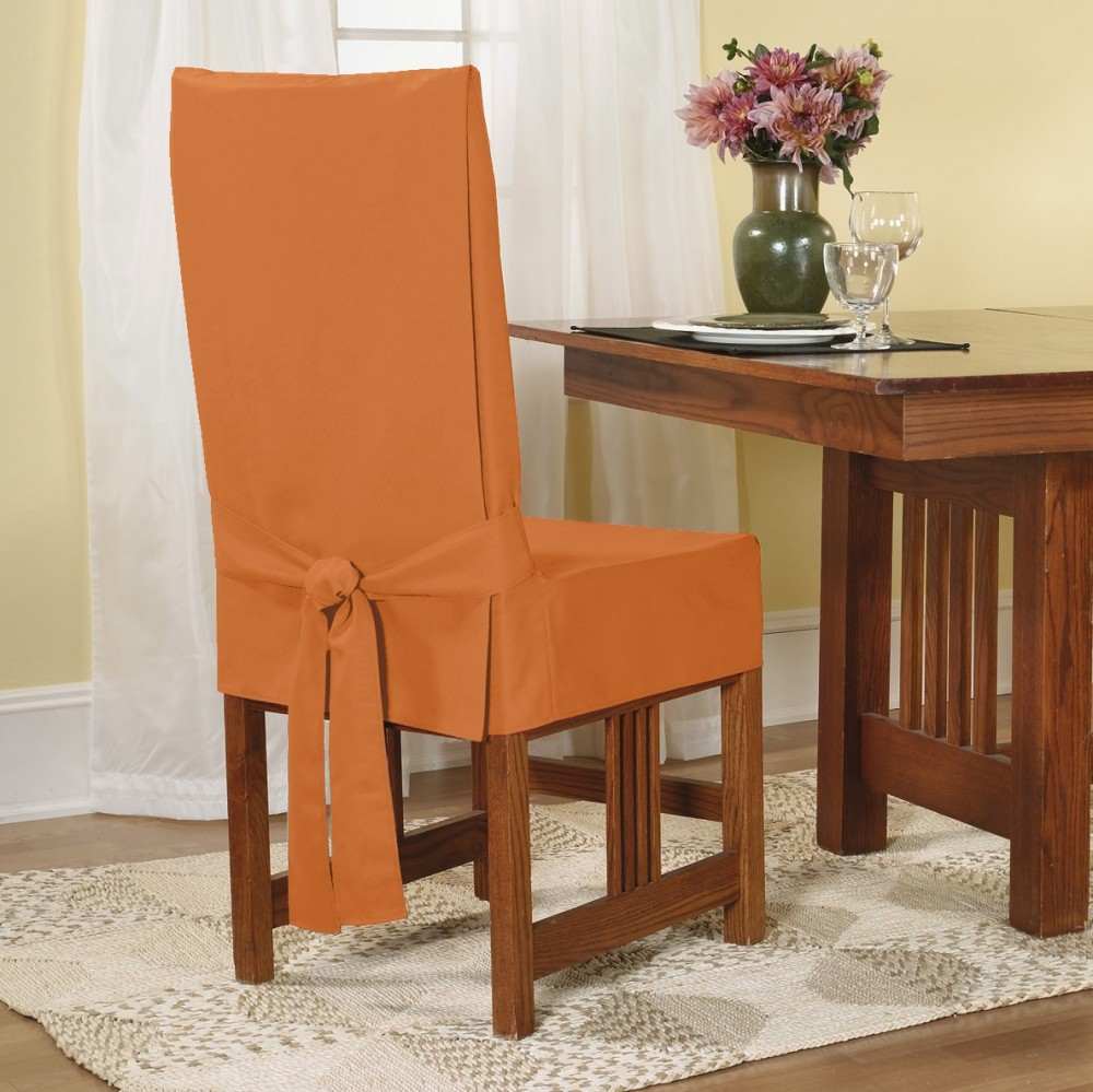 Оранжевый чехол на стул