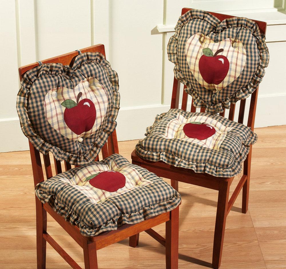 Красивые мягкие чехлы на стулья