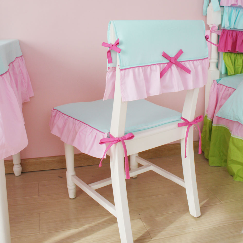 Мятно-розовый чехол на детский стул