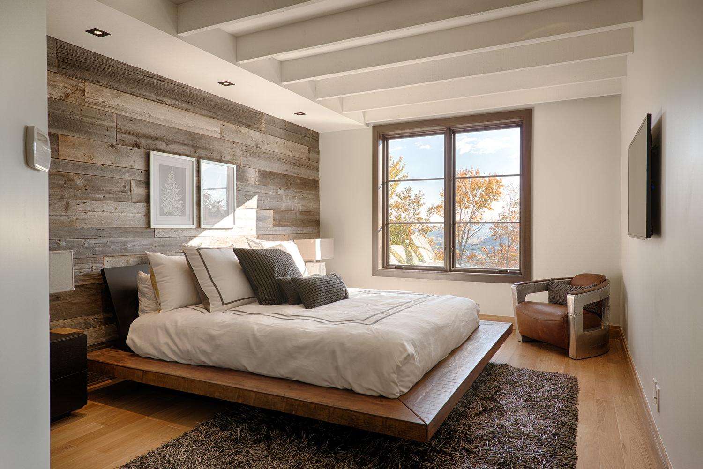 Молочно-коричневая спальня