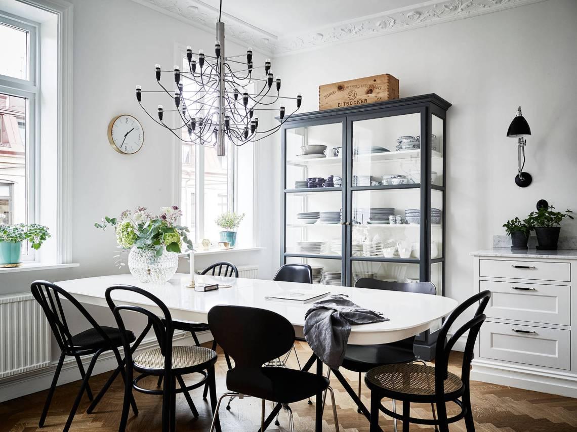 Обеденная зона на кухне 12 кв м