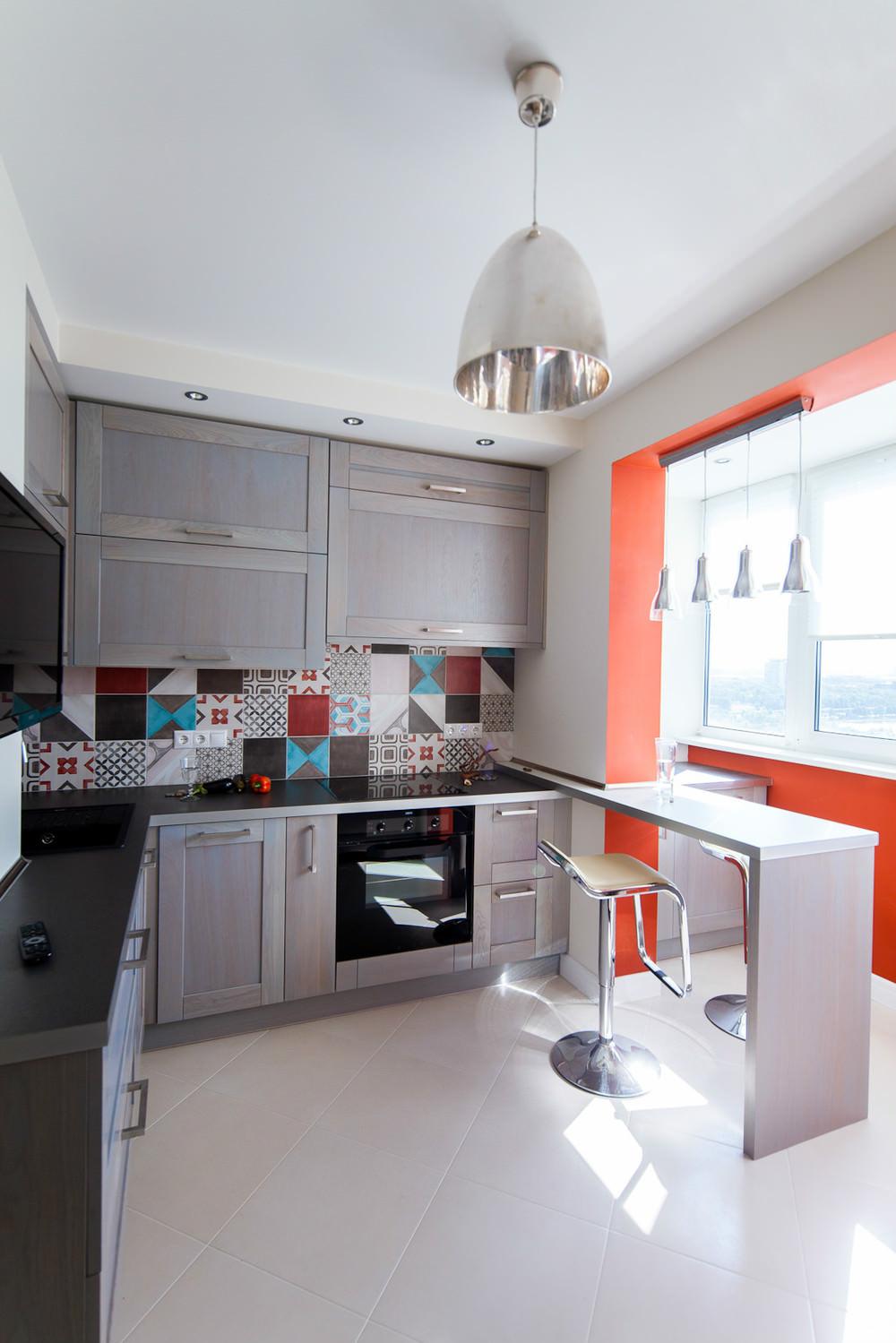 Кухня 18 кв м, совмещенная с балконом