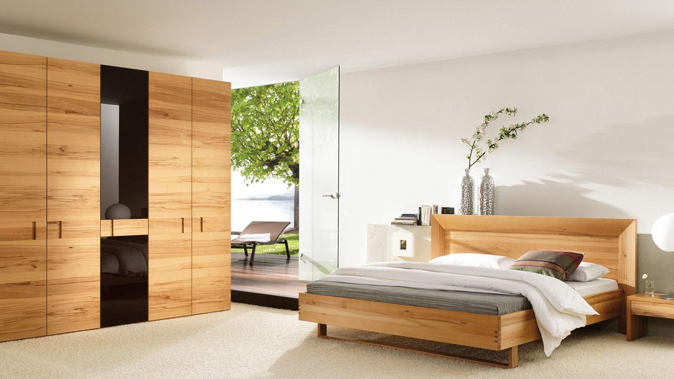 Коричнево-белая спальня в эко-стиле