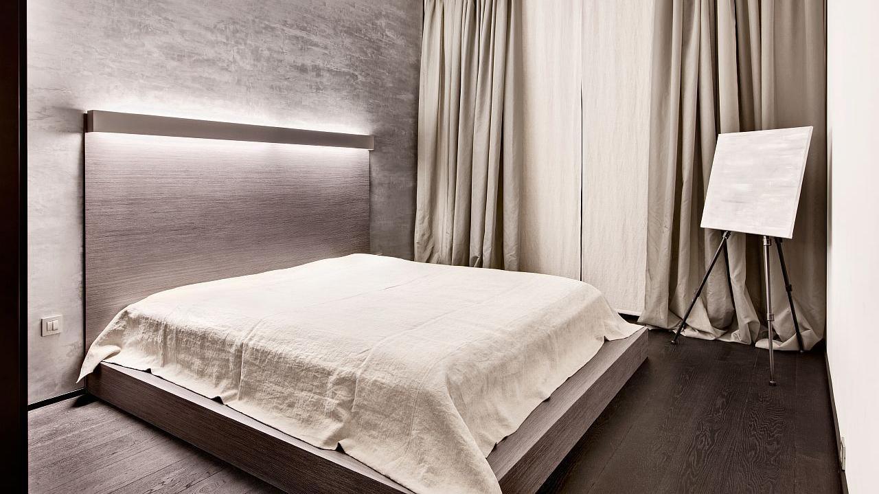 Бежево-коричневая спальня в стиле минимализм