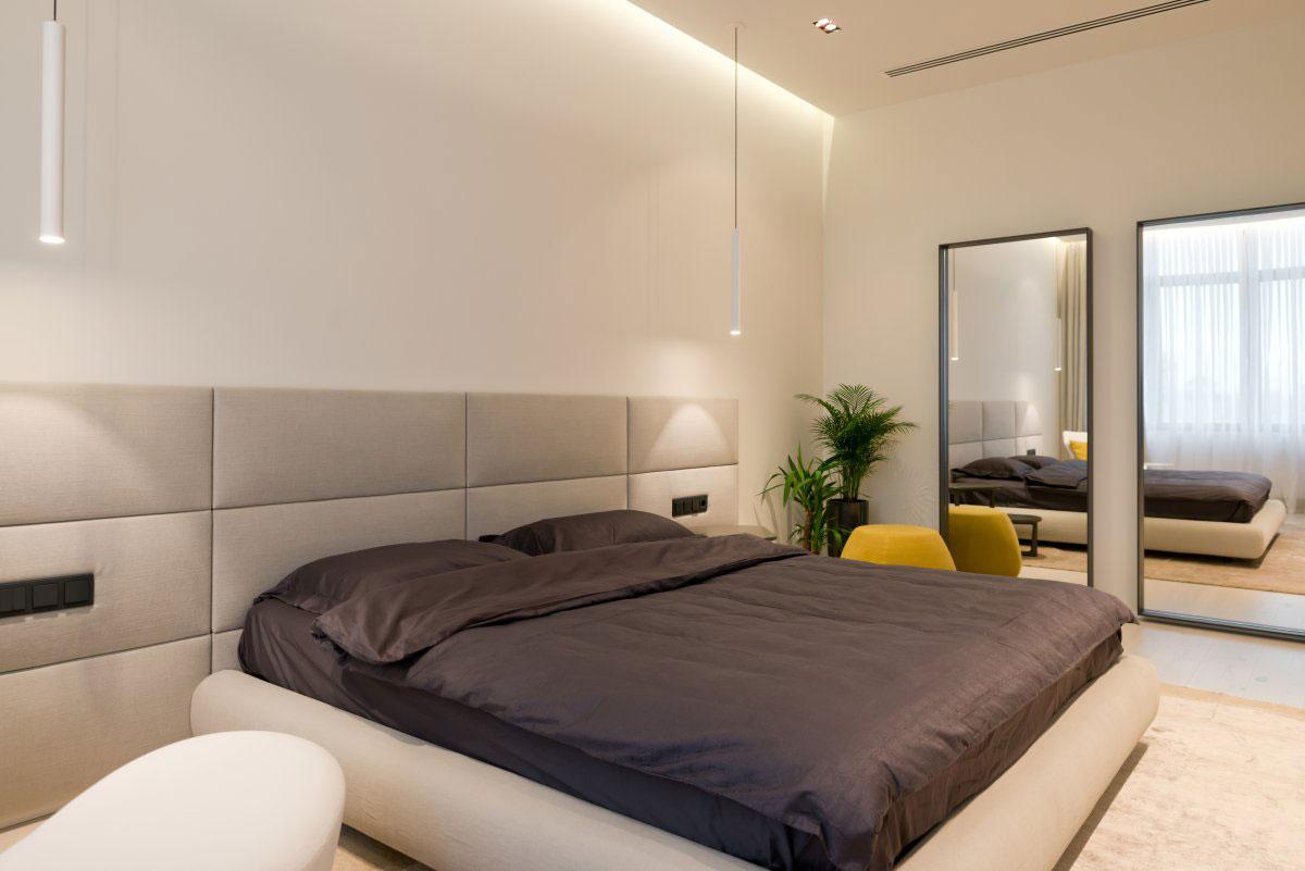 Бежево-серая спальня в стиле минимализм
