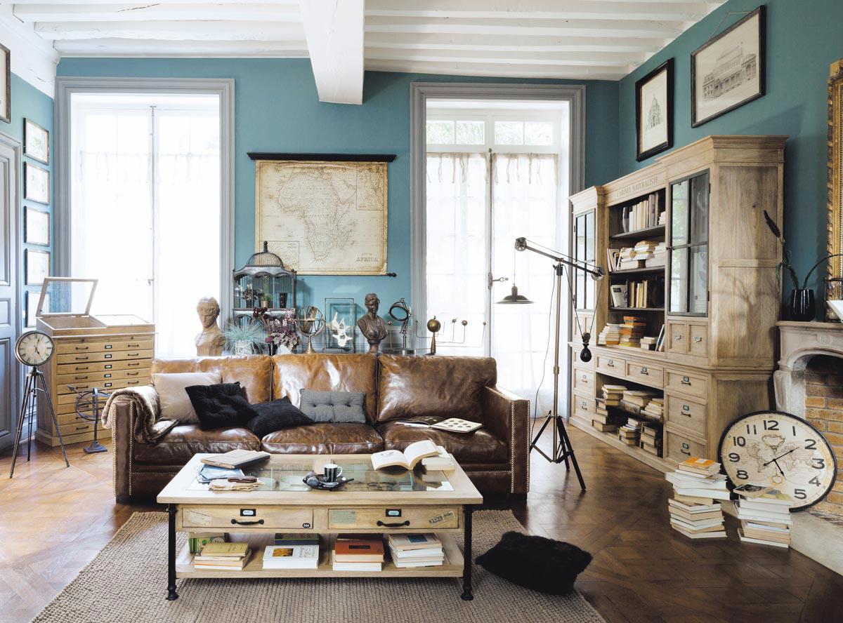 Голубые стены в интерьере гостиной