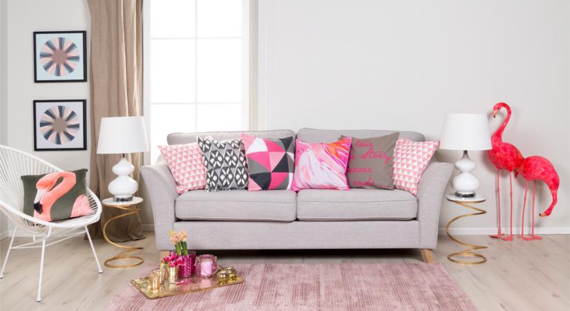 Розово-серая гостиная