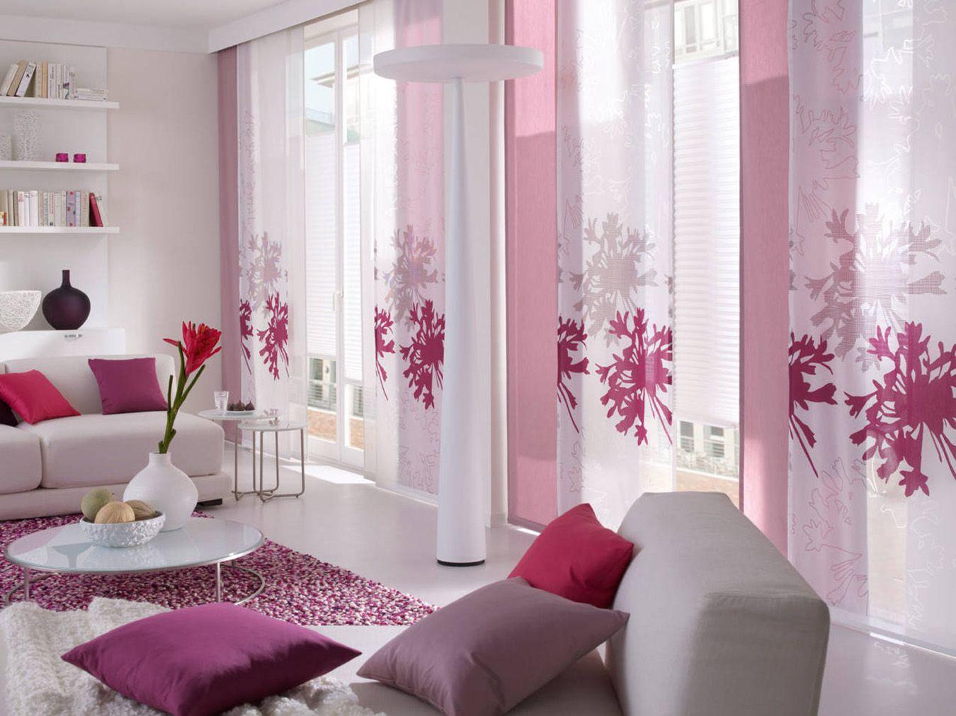 Розово-белая гостиная