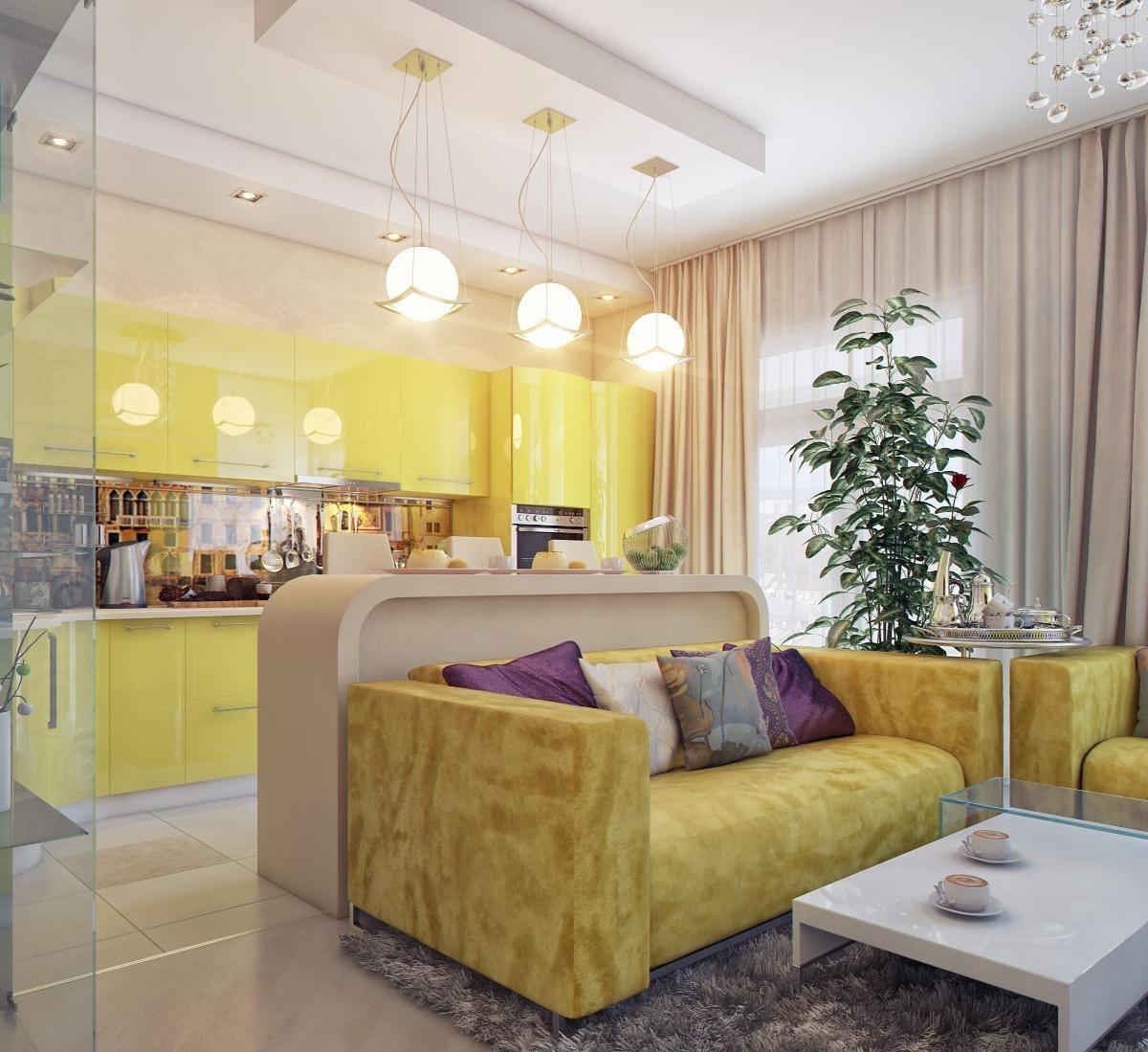 Красивые подушки в желто-бежевой гостиной-кухне
