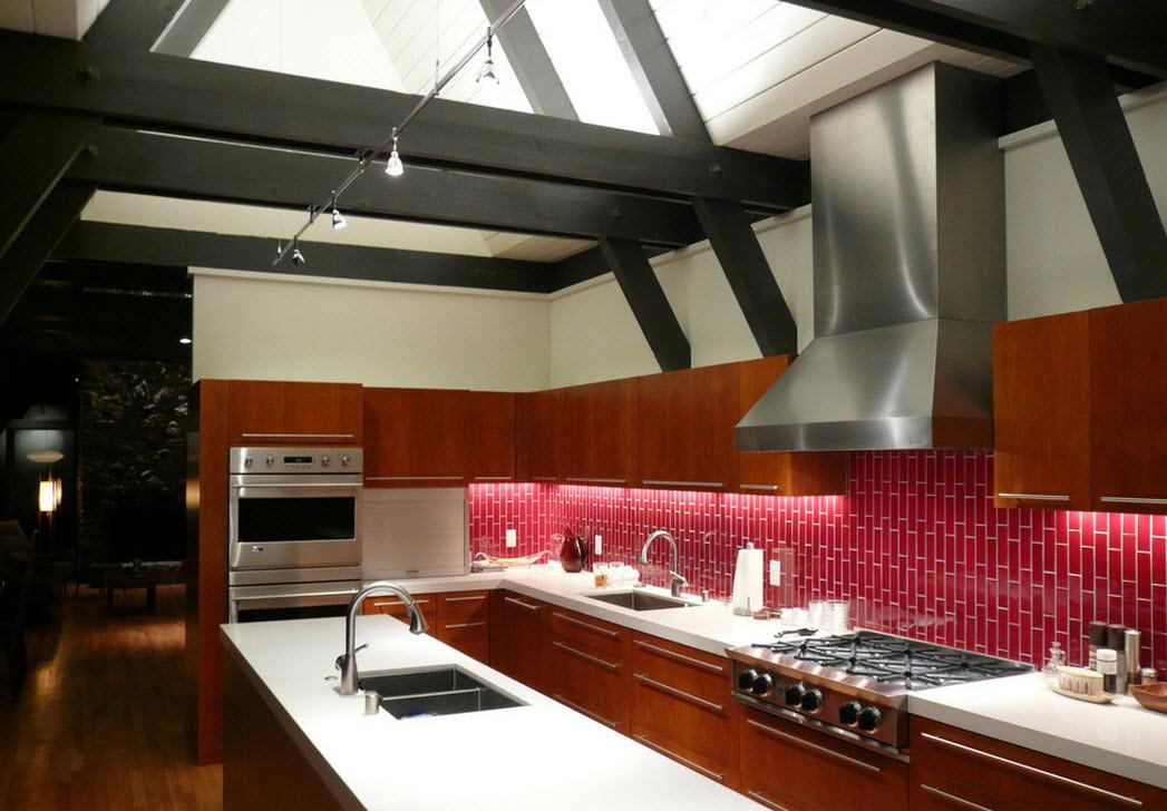 Красно-коричневая кухня