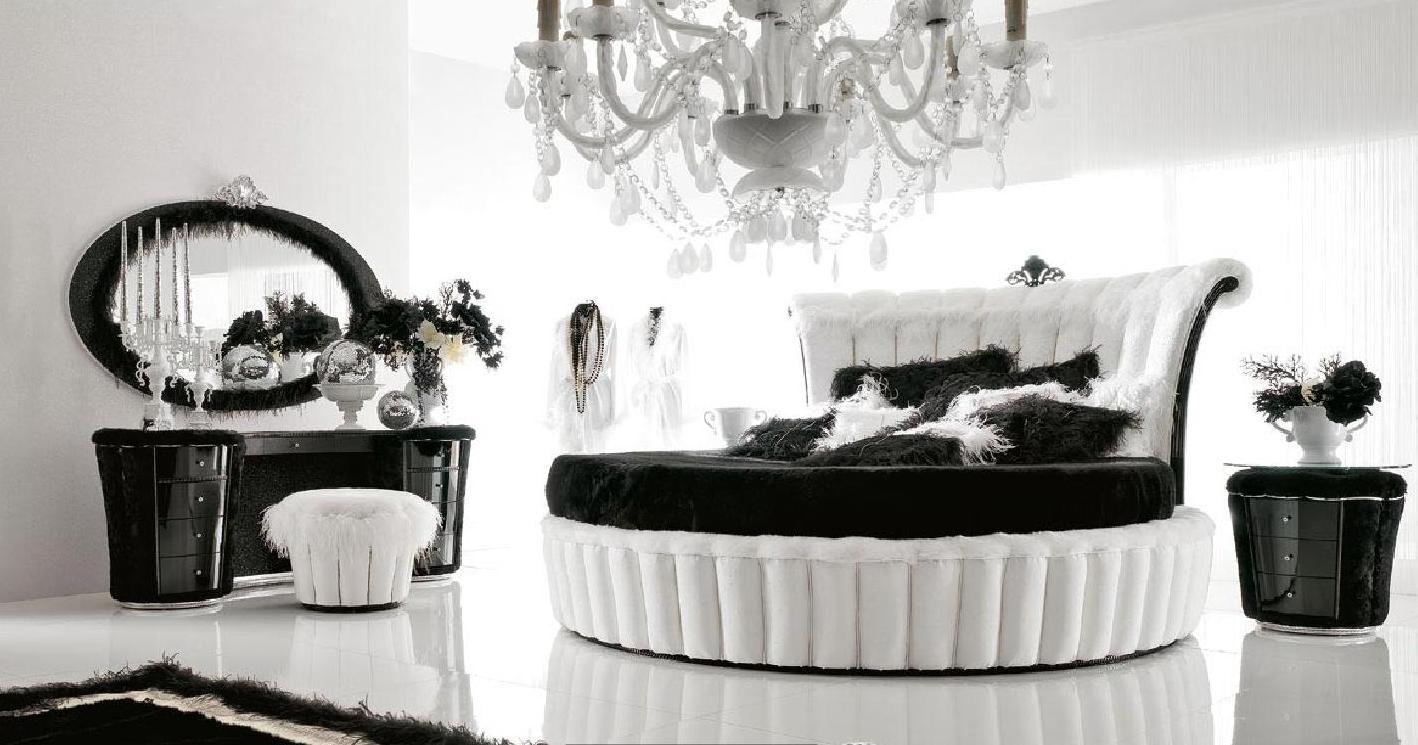 Черно-белая круглая кровать в стиле ретро