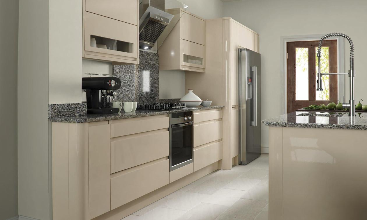 Серо-бежевый кухонный гарнитур