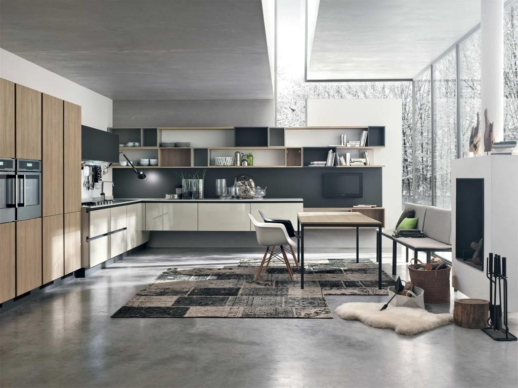 Современная просторна кухня с сочетанием бежевого, черного и белого цветов