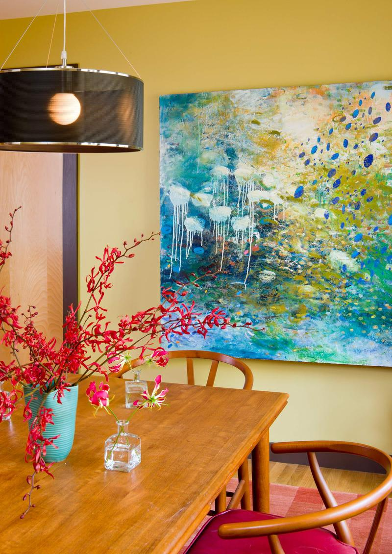 Картина на стене на кухне