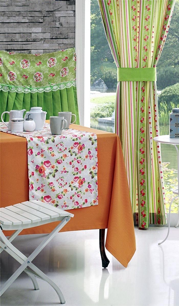 Текстиль в деревенском стиле на кухне