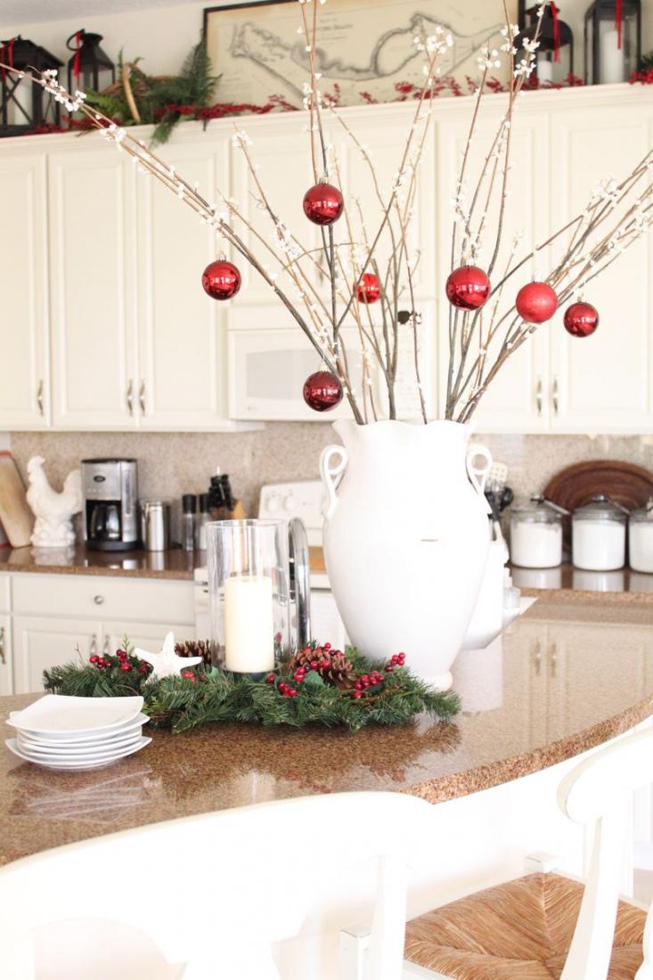 Декорирование кухни на Новый Год