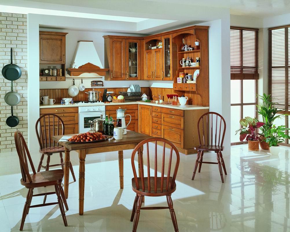 Коричнево-белая кухня в стиле кантри