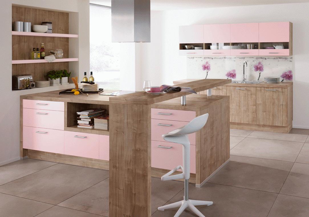 Коричнево-розовый гарнитур с барной стойкой на кухне