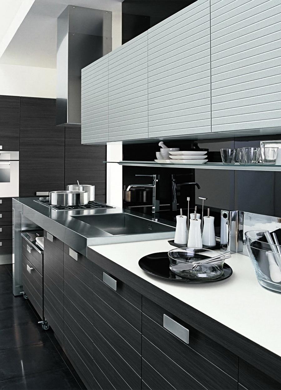 Приоритет черного в черно-белой кухне