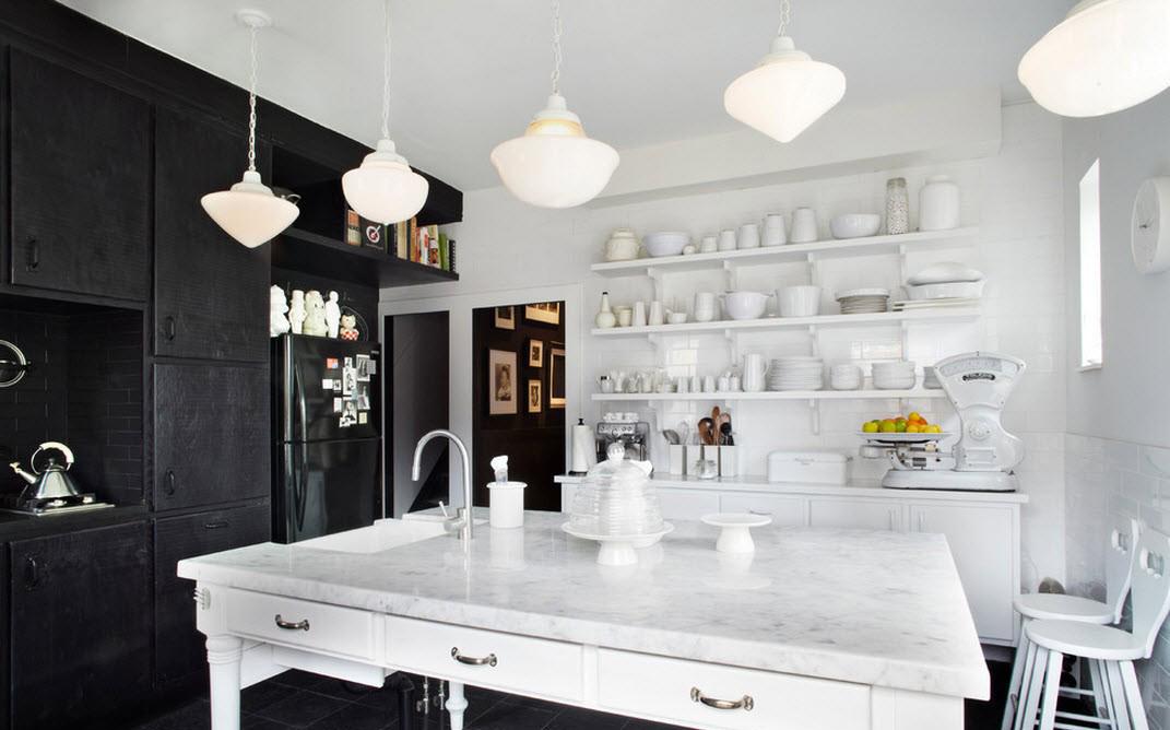 Приоритет белого цвета на кухне