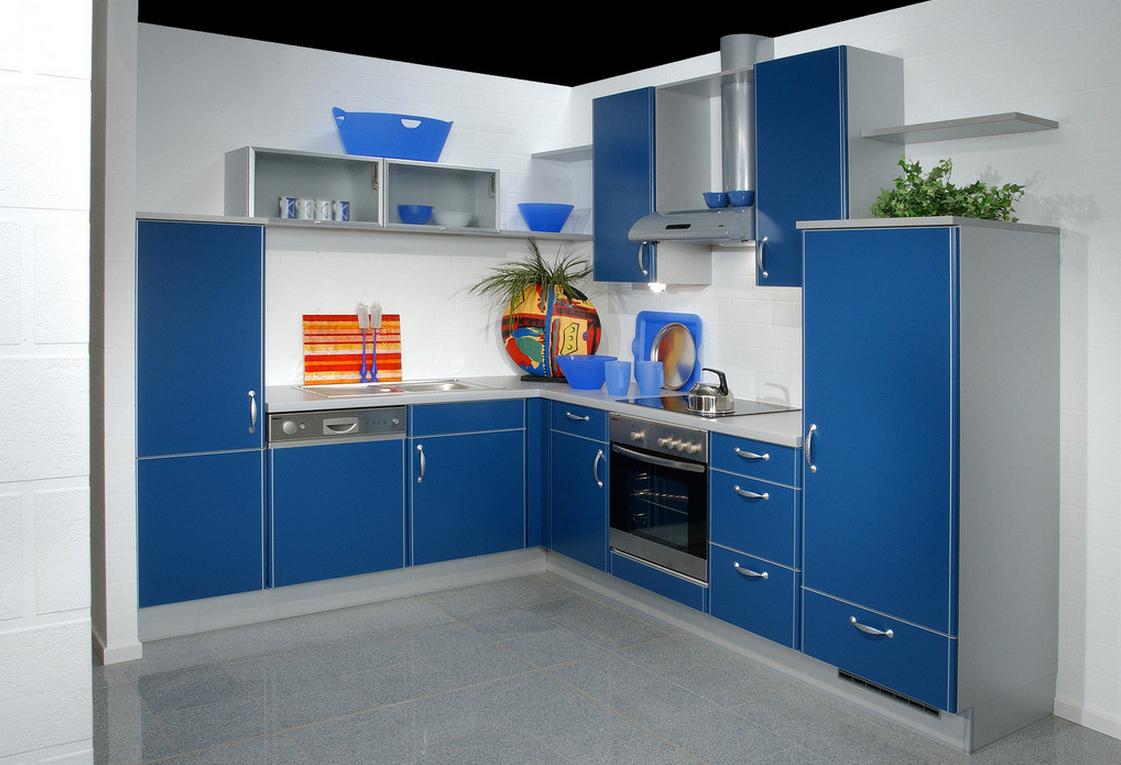 Голубой декор для серо-синей кухни