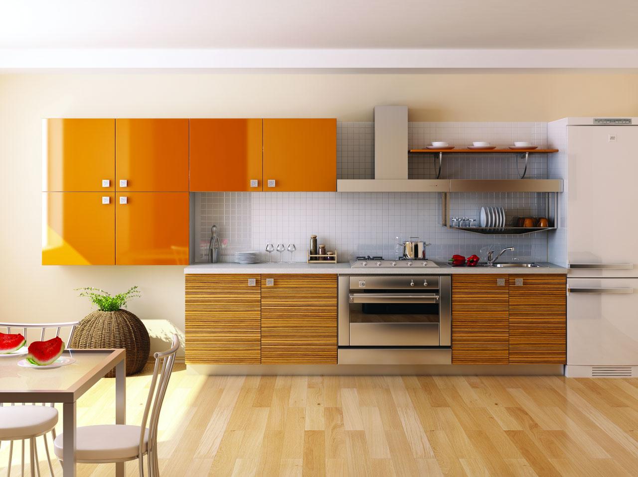 Оранжевые глянцевые фасады на кухне