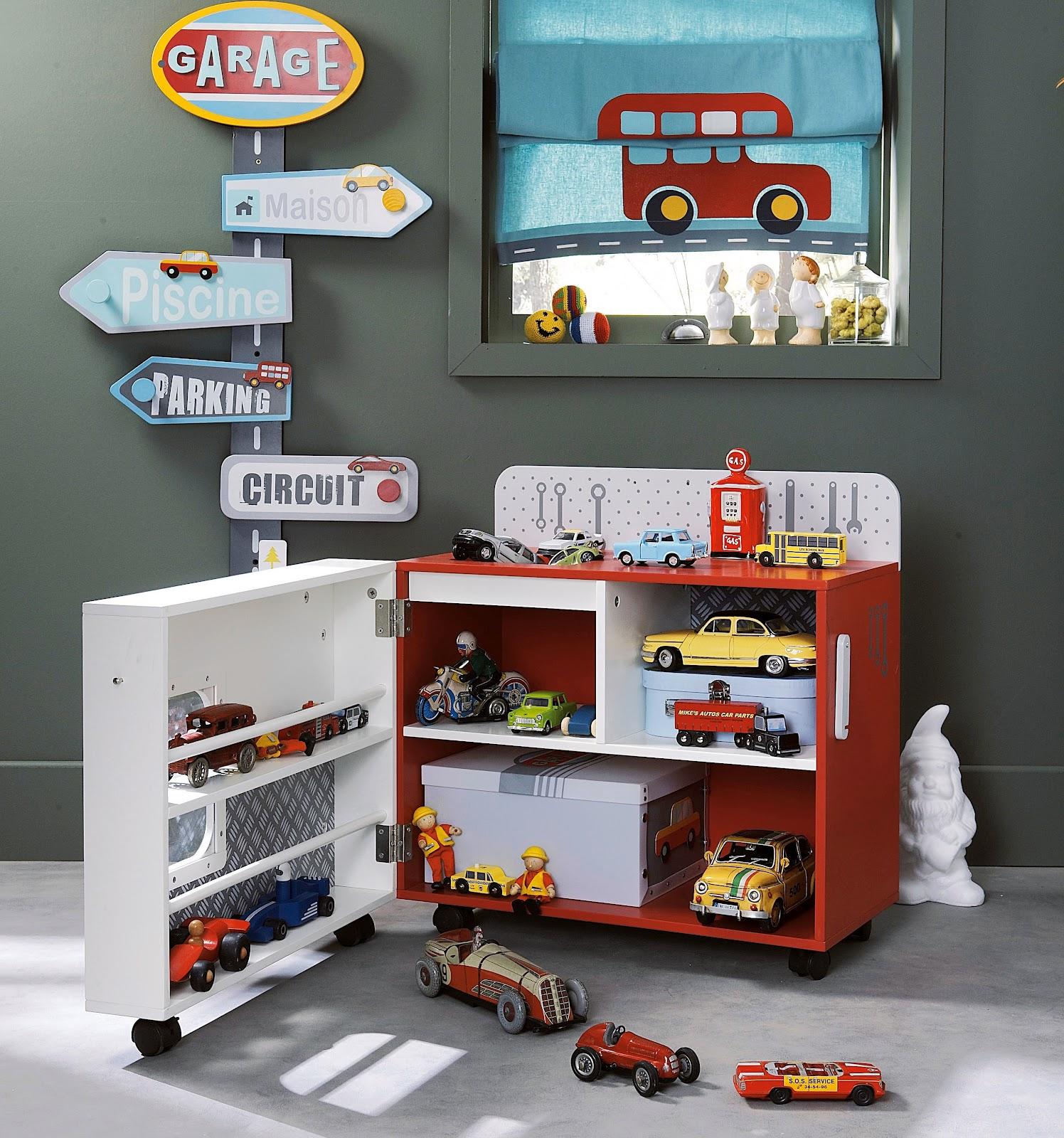 Хранение игрушек машинок