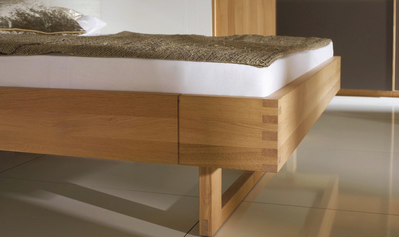 Дизайн кровати из бука