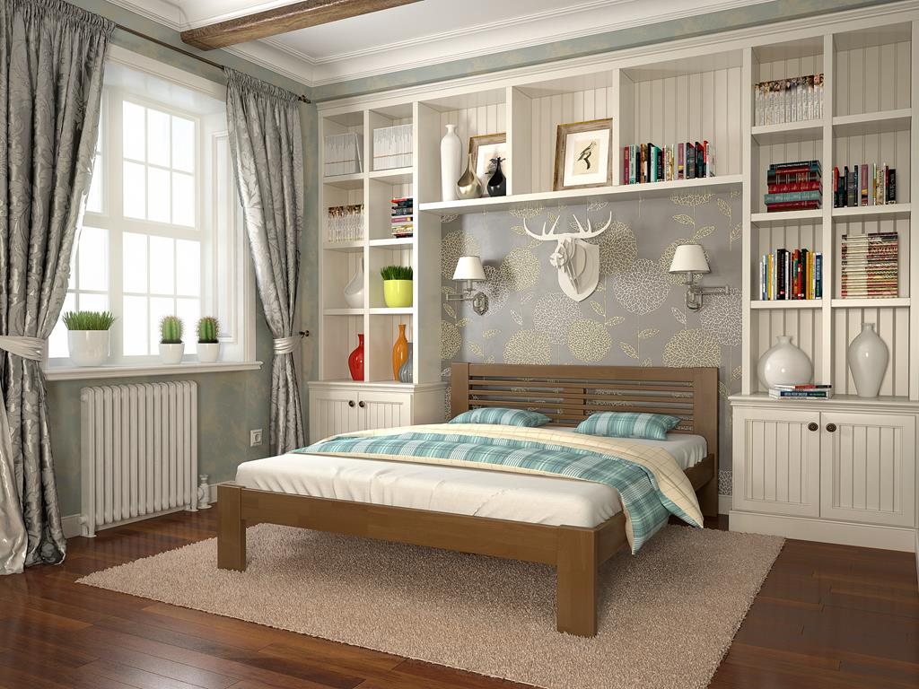 Кровать и стенка из бука в спальне