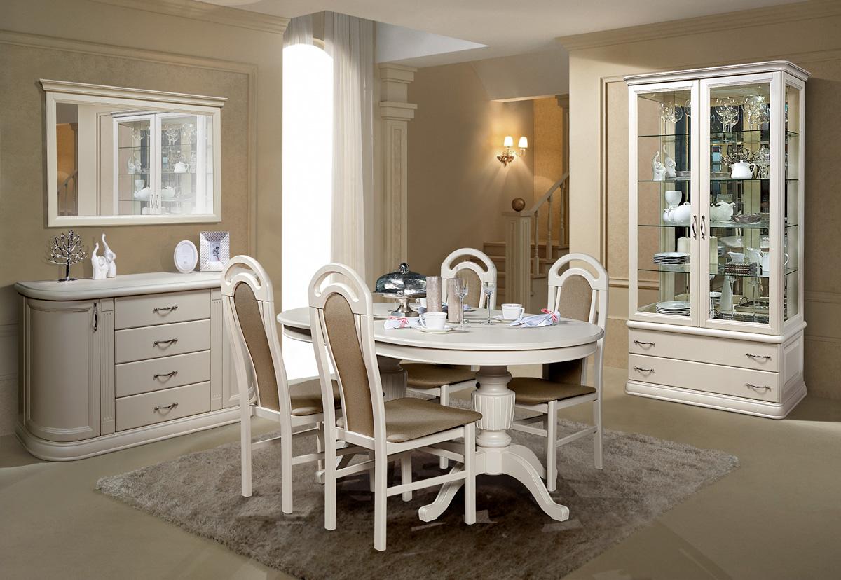 Бело-коричневая мебель из дуба в столовой