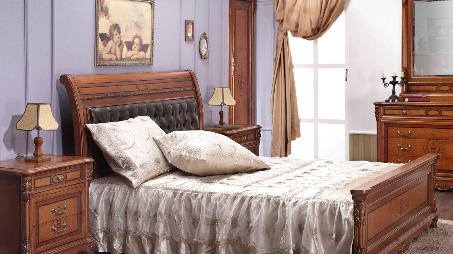 Мебель из дуба в спальне