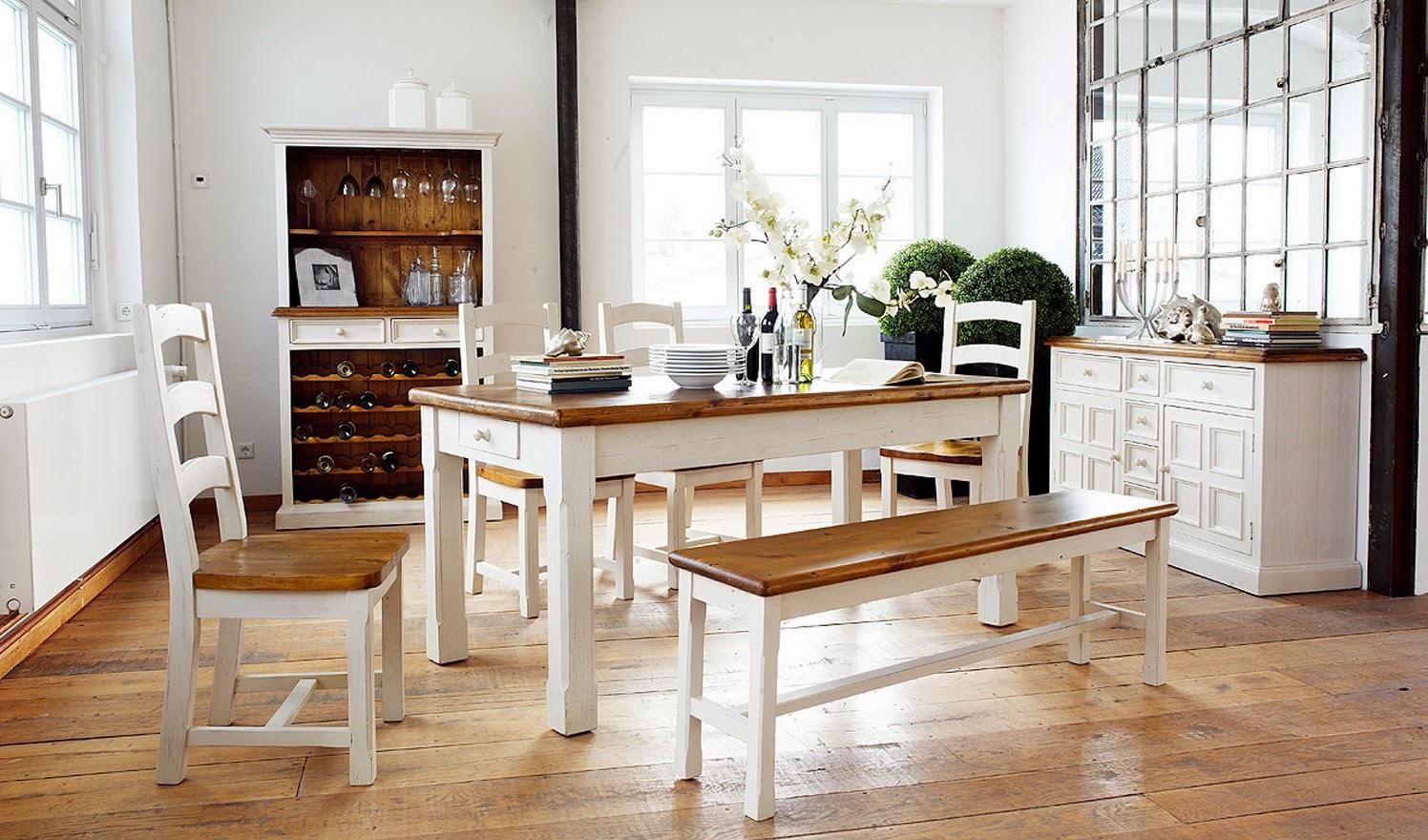 Бело-коричневая мебель из сосны для столовой