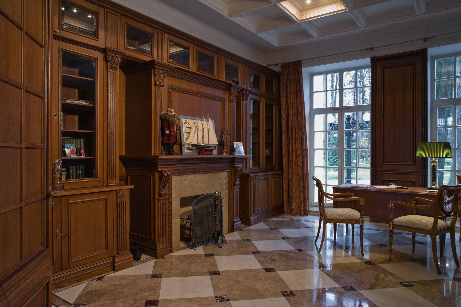 Мебель в гостиной из сосны