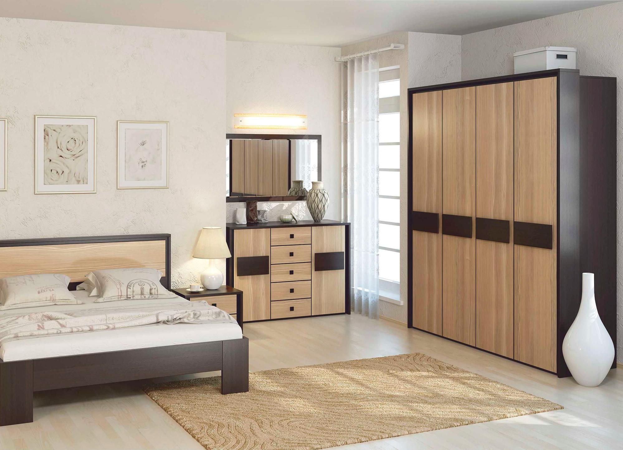Комплект мебели из сосны в спальне