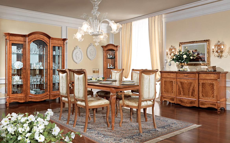 Мебель для столовой из вишни