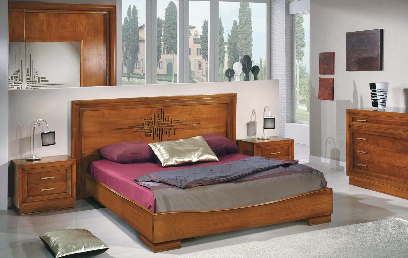 Мебель в спальне из вишни