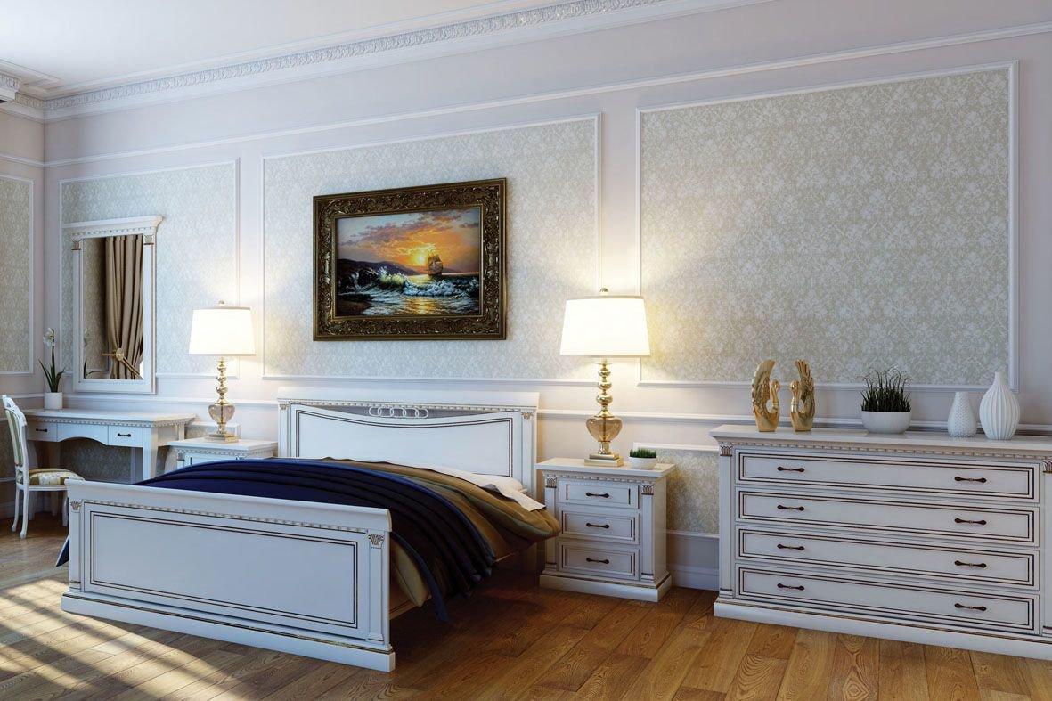 Белая мебель в спальне из вишни
