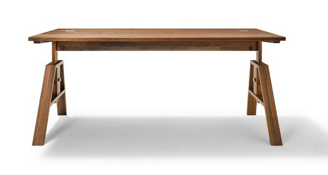 Большой стол из вишни