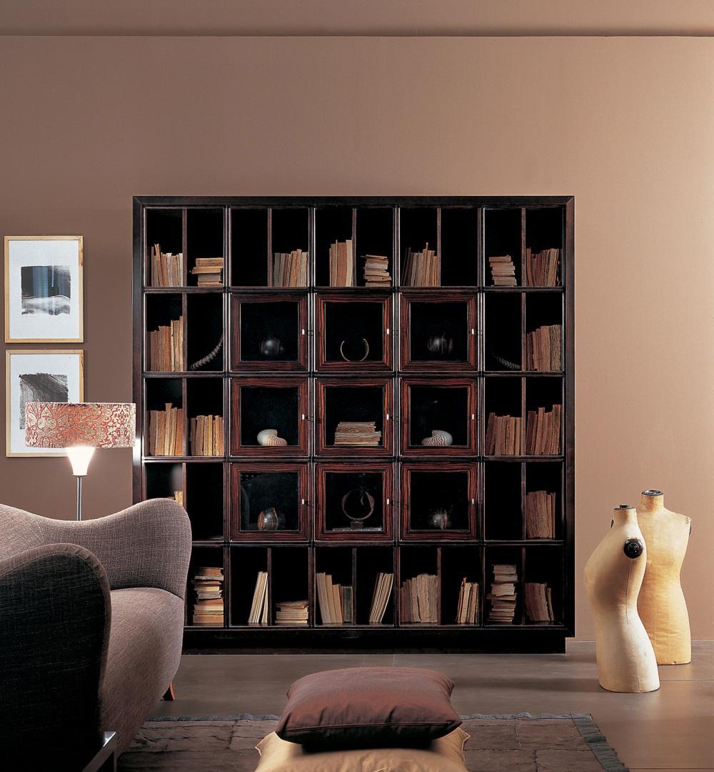 Дизайнерский шкаф из вишни
