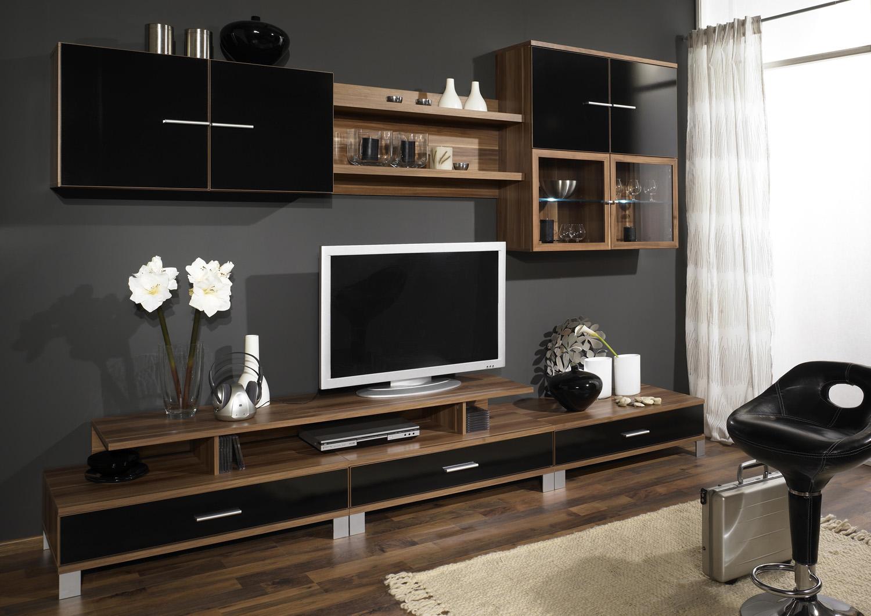 Черно-коричневая стенка из вишни в гостиной