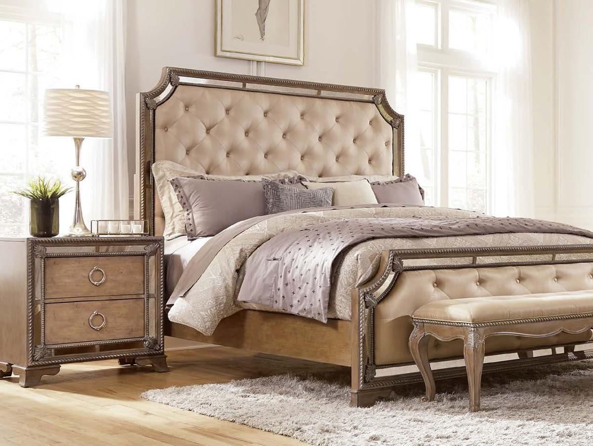 Красивая мебель из ясеня для интерьера спальни