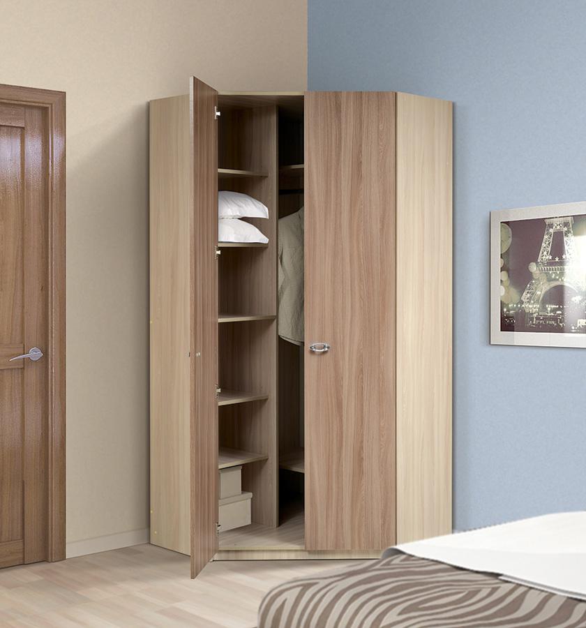 Бежево-коричневый угловой шкаф из ясеня в спальне