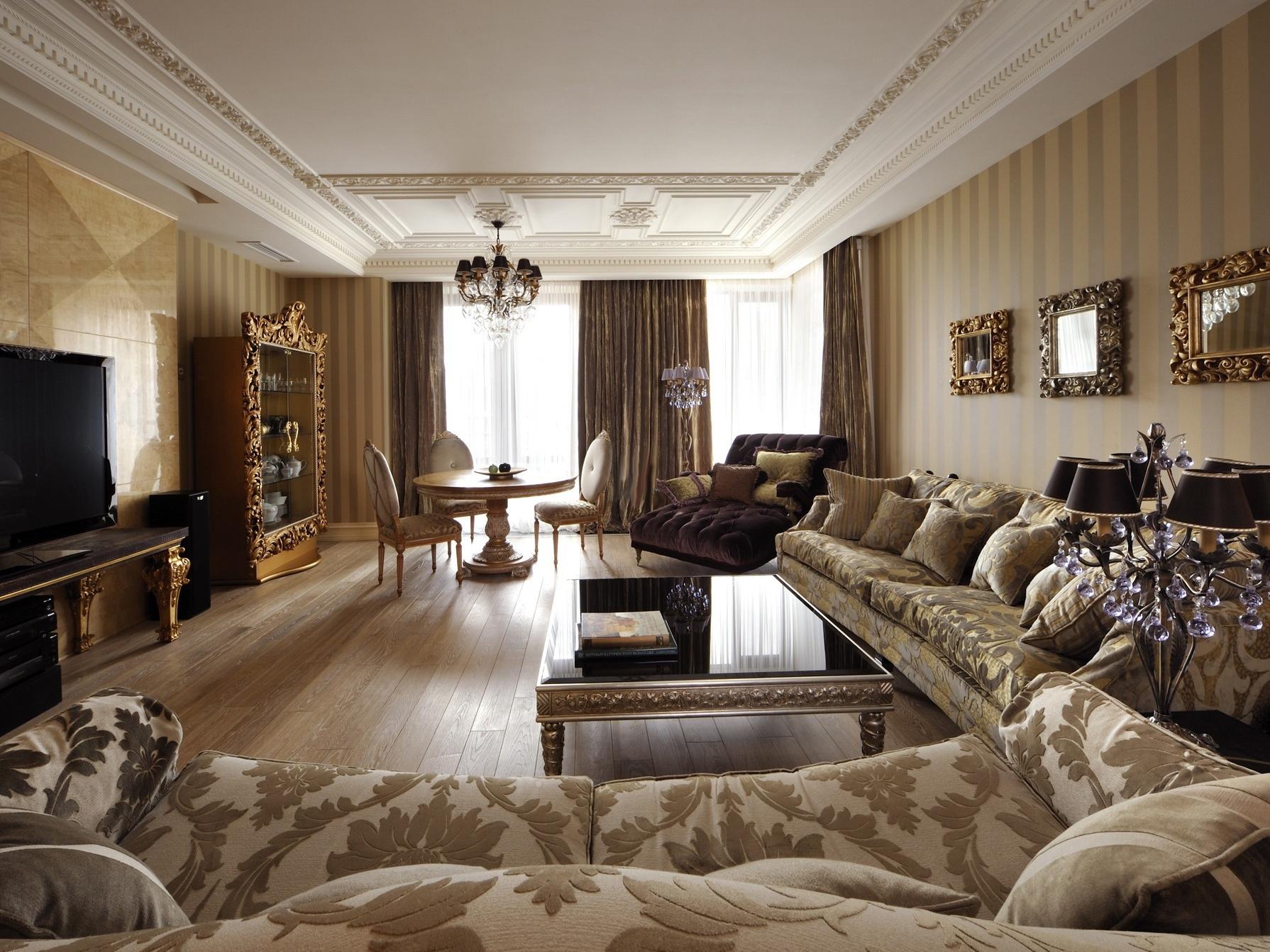 Роскошная мебель в уютной гостиной в стиле арт-деко