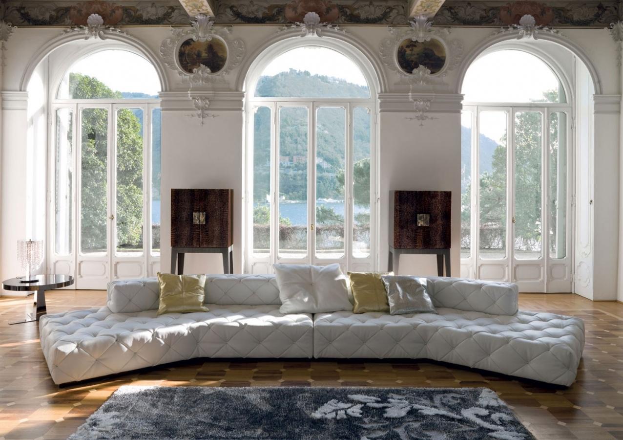 Белый модульный диван в стиле арт-деко