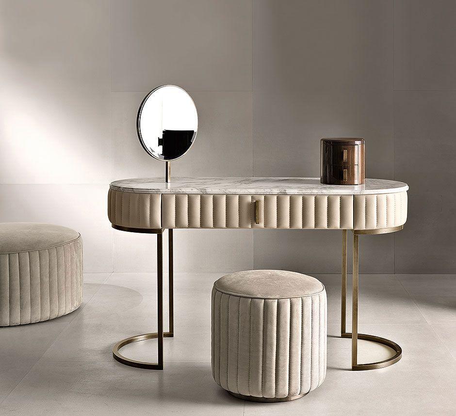 Туалетный столик для спальни в стиле арт-деко