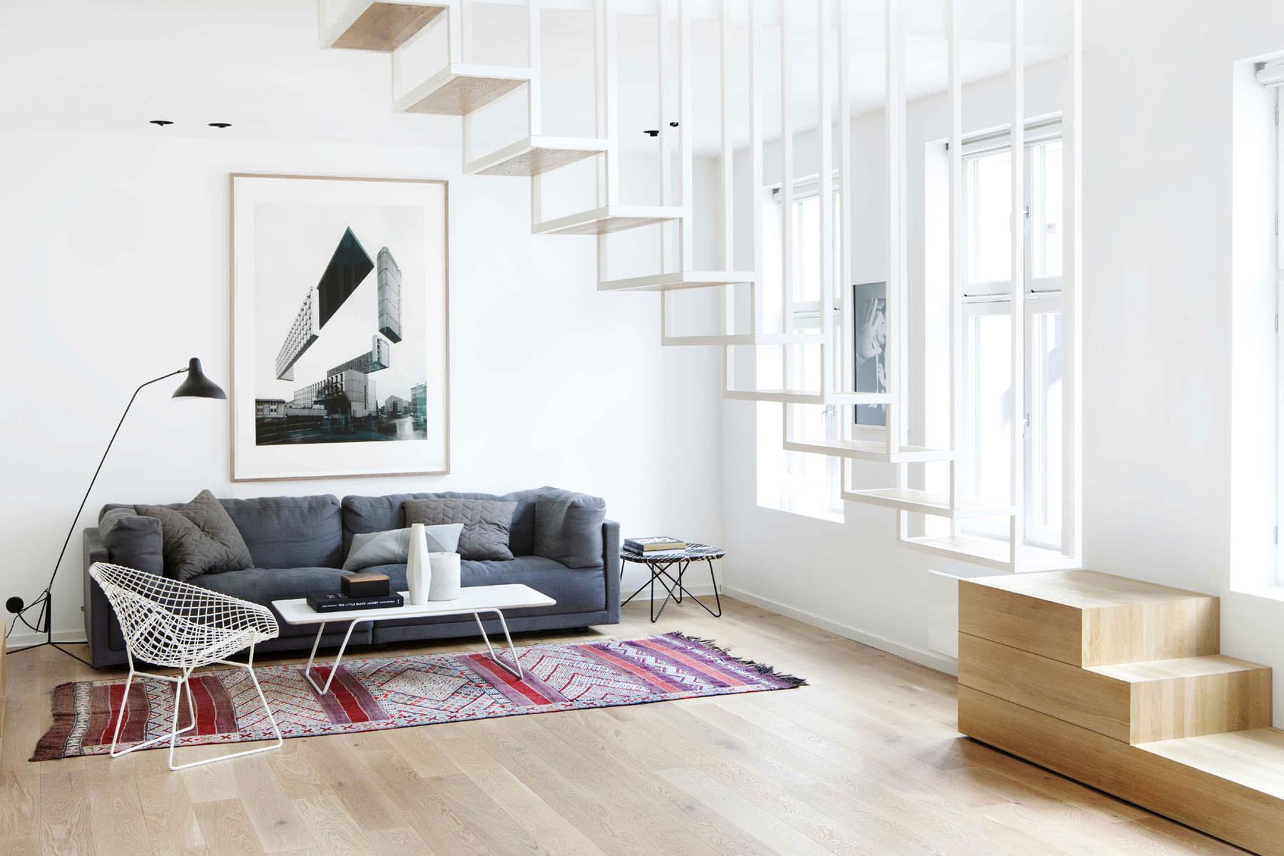Черно-белая мебель в стиле минимализм в гостиной