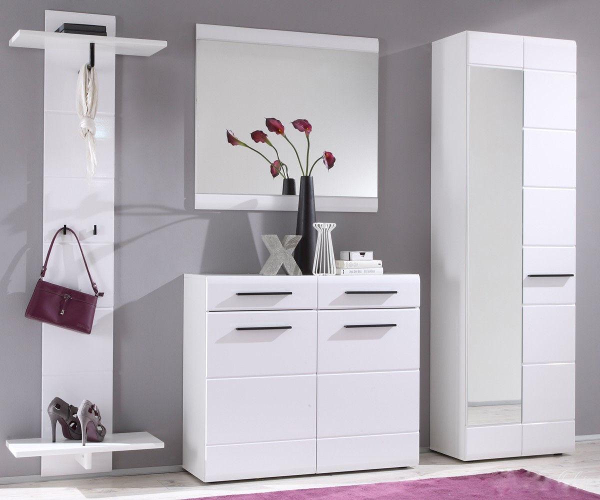 Белая мебель в прихожей в стиле хай-тек