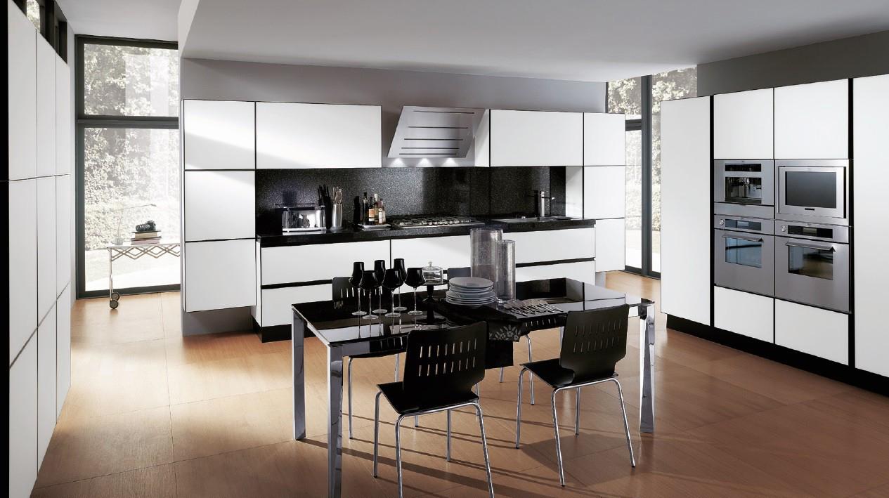 Черно-белая мебель на кухне в стиле хай-тек
